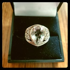 white topaz bezel ring size 7